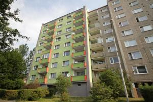 Husova 986, Chodov